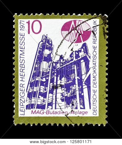 GERMAN DEMOCRATIC REPUBLIC- CIRCA 1971 : Cancelled postage stamp printed by German Democratic Republic, that shows Butadiene plant.