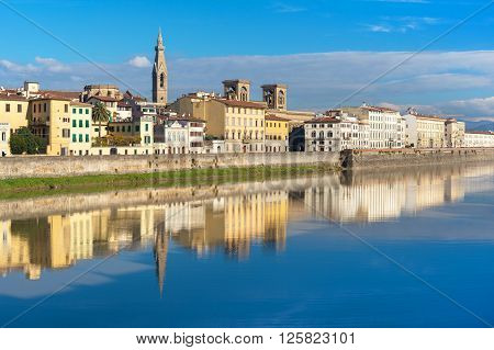 Bank of the River Arno in Florence, Italy