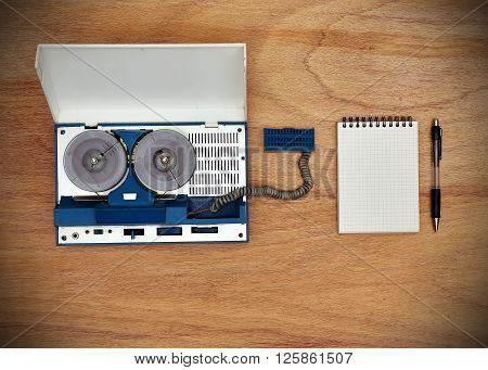 Reel Tape Recorder And Blank Notepad