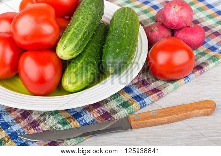 Miscellaneous Raw Vegetable In Plate And Knife