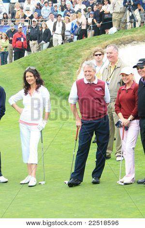 PALOS VERDES - APR 29: Catherine Zeta Jones; Michael Douglas at the 9th annual Michael Douglas + friends Celebrity Golf Tournament at the Trump National Golf Club in Palos Verdes, CA on April 29, 2007