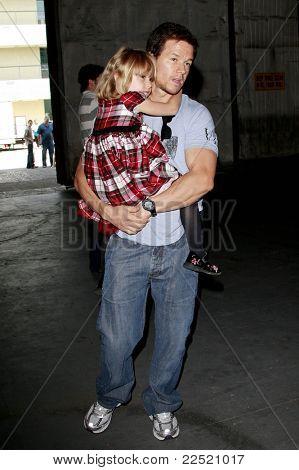 LOS ANGELES - JUN 14: Mark Wahlberg and daughter Ella at the Rock-N-Reel event held at Culver Studios in Los Angeles, California on June 14, 2009
