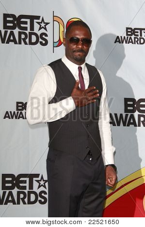 LOS ANGELES - JUN 28: Idris Alba in the Press Room at the 2009 BET Awards held at the Shrine Auditorium in Los Angeles, California on June 28, 2009