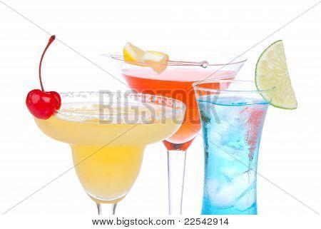 Cócteles de alcohol. Muchas bebidas bebidas azul hawaiano, Mojito