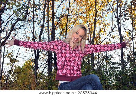 girl arms open