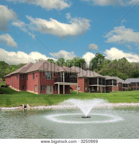 Lakeside Landominium Homes