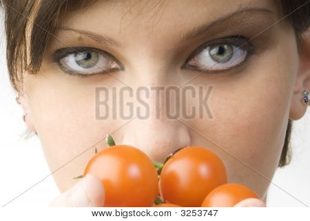 The Eyes And Tomato