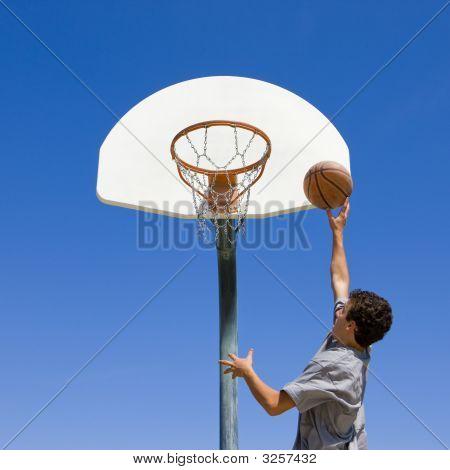 Saltos y lanzamientos de baloncesto