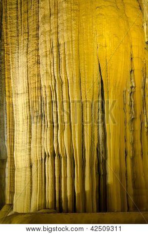 Thien Duong Cave (Paradise Cave) in Phong Nha-Ke Bang National Park, Vietnam