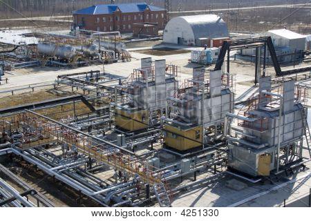 Refinery Center