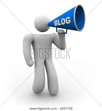 Blogger mit Megafon