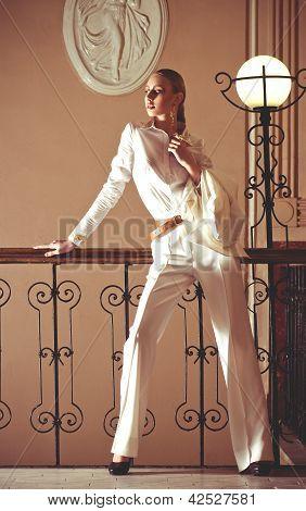 Vintage style girl posing . Fashion Photo.