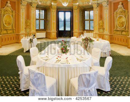 Tabellen-bereit für ein Galadinner
