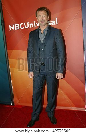 PASADENA, CA - JAN. 7: Grant Bowler arrives at the NBCUniversal 2013 Winter Press Tour at Langham Huntington Hotel & Spa on January 7, 2013 in Pasadena, California