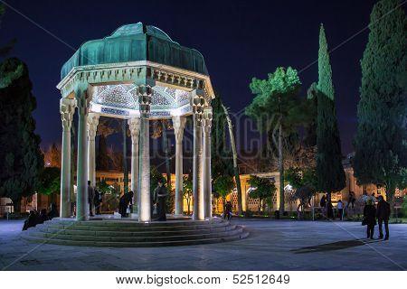 tomb of poet Hafez
