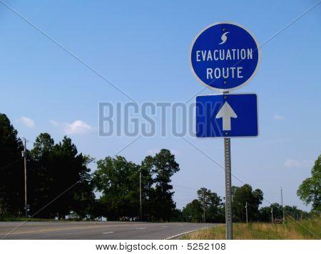 Señal de ruta de evacuación de huracanes
