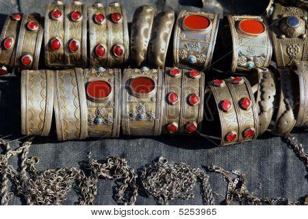 Handmade Woman Jewelry