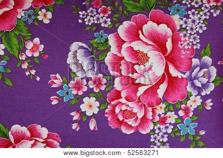 traditional chinese cloth with beautiful flower style