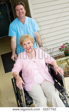 Happy Pflegeheim resident