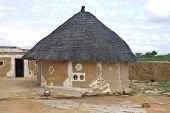 pic of mud-hut  - Village hut in Thar desert in India - JPG