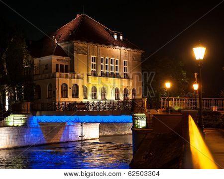CItyscape of Wroclaw, Grunwaldzki Bridge at night