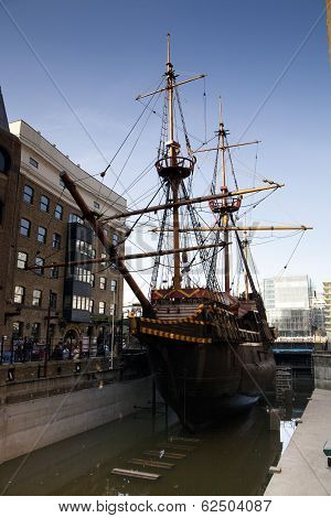 LONDON, UK - MARCH 29, 2014  South bank walk of the river Thames  Francis Drake s Golden Hind ship