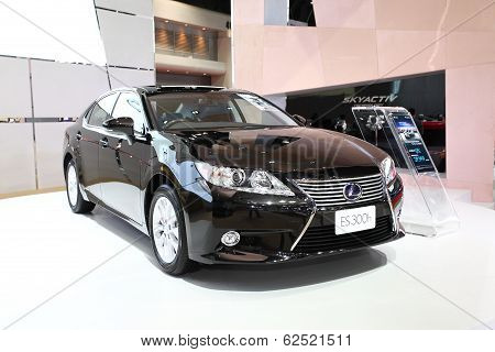 Nonthaburi - March 25: Lexus Es 300H Car On Display At The 35Th Bangkok International Motor Show On