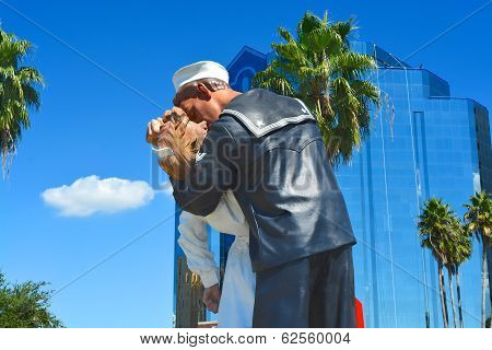 Unconditional surrender, Sarasota