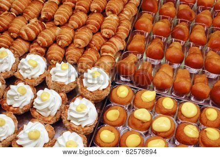 mixed mignon pastries, typical italian sweet food