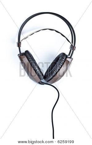 Stereo-Kopfhörer isoliert auf weiss
