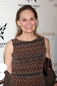 LOS ANGELES - MAR 29:  Beth Grant at the Humane Society Of The United States 60th Anniversary Gala a