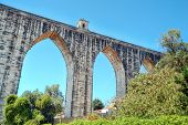 image of aqueduct  - The Aqueduct Aguas Livres  - JPG