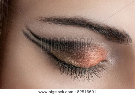 smoke eyes