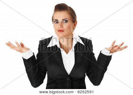 mujer de negocios confundido