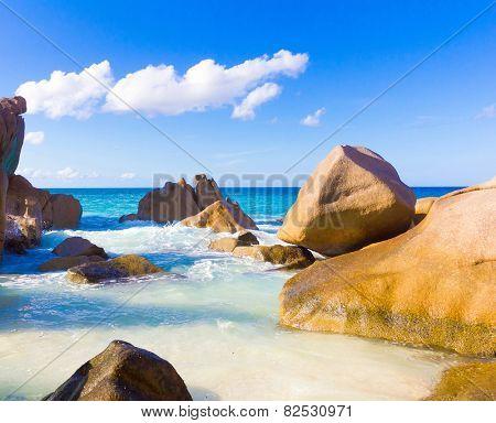 Seascape Shore Getaway