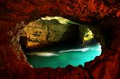 pic of grotto  - Rosh HaNikra  - JPG