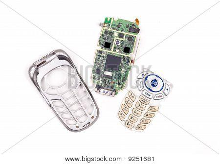 Repairing A Broken Cell Phone
