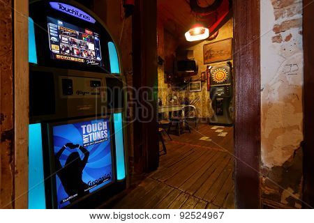 Old Juke Box In A Bar Of Mississippi River