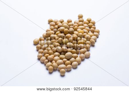 Raw soy beans isolated