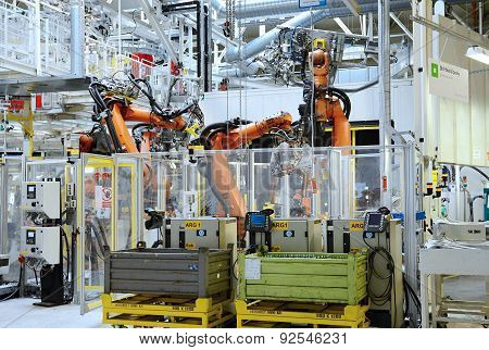 Automatic Robot In Car Factory