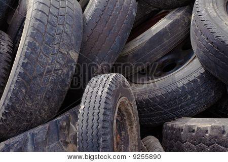 Fondo de neumáticos viejos