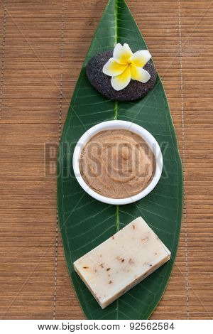 Above Veiw, Soap Flower Facial Mask On Green Leaf