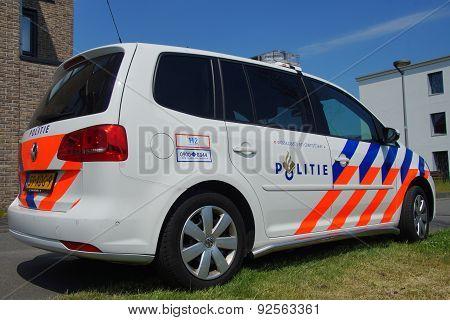 Dutch Police Car (Volkswagen Touran) - Nationale politie