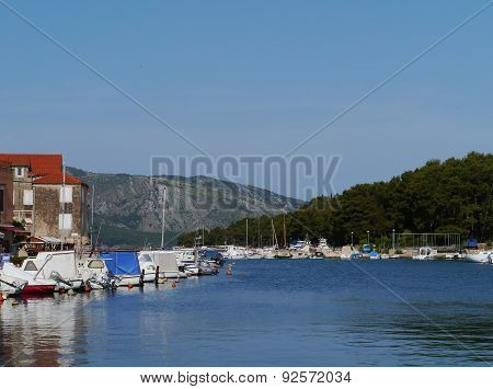 The harbor of the historic city Stari Grad