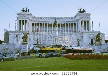 Vittoriano building on the Piazza Venezia in Rome