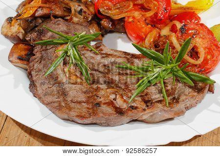 Grilled Beef Steak Mushrooms, Peppers, Tomatoes