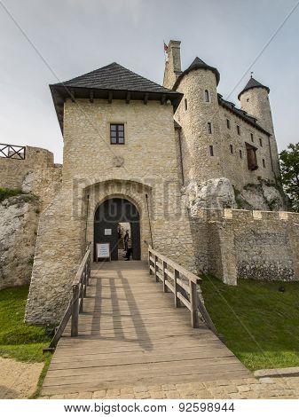 Bobolic Near Czestochwa, Poland, 31 May 2015: Bobolice Knight's Castle In Jura Cracow Czestochowa