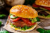 pic of champignons  - Vegetarian burger with grilled champignon - JPG