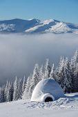 image of igloo  - igloo in the high mountain - JPG