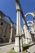 pic of carmelite  - The central nave of the Convento do Carmo in Lisbon - JPG